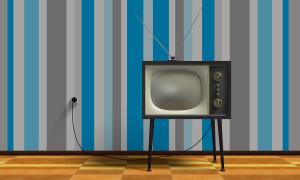 tv-2213140_1280